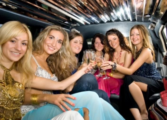 Party Limo - All Pro Limousine Denver